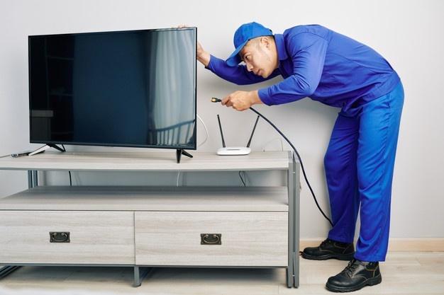 tv repair man